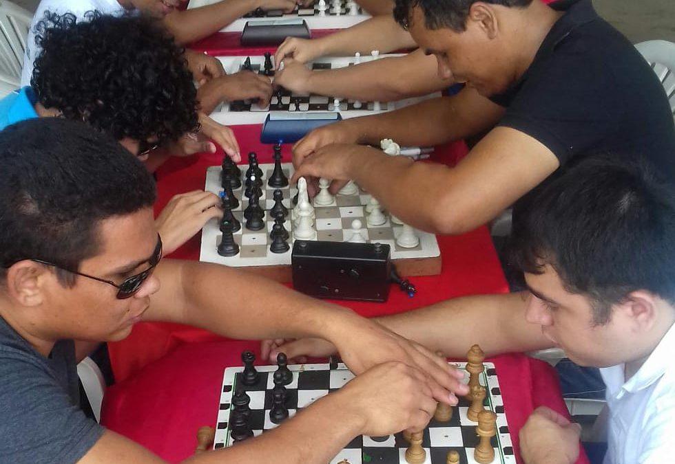 Torneio de Xadrez para Deficientes Visuais acontece pela primeira vez em Parauapebas