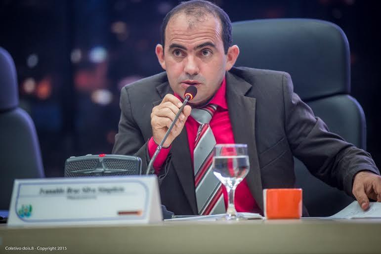 Limpeza de ruas, de poços e ações para o trânsito são pedidas durante sessão da Câmara de Parauapebas