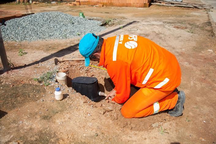 Saaep realiza instalação de hidrômetro e cadastro residencial no Bairro Nova Carajás