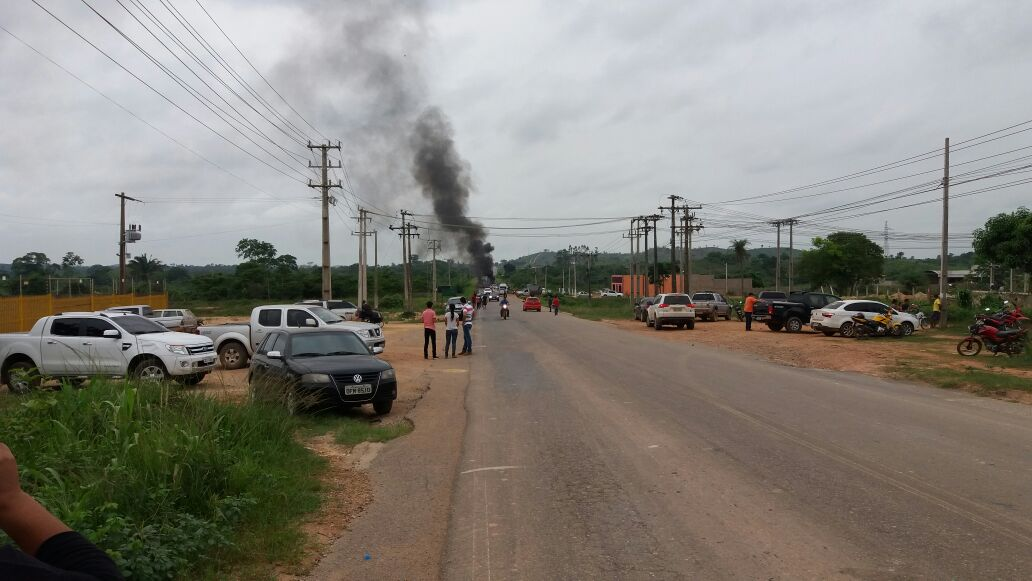 Eldorado do Carajás: BR-155 é interditada em protesto a onda de violência da região