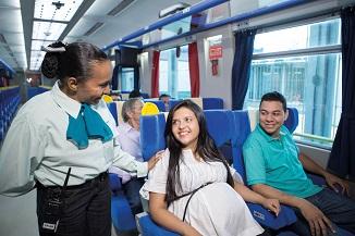 Em 2016, trem de passageiros da EFC transportou mais de 293 mil pessoas