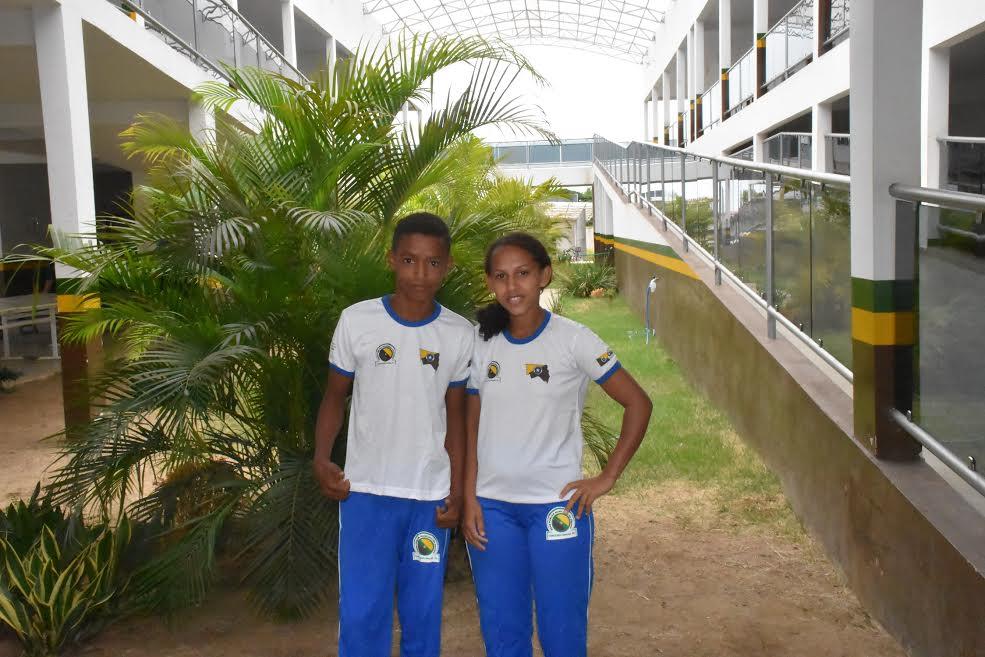 Em Canaã dos Carajás, estudantes começam a receber uniformes escolares