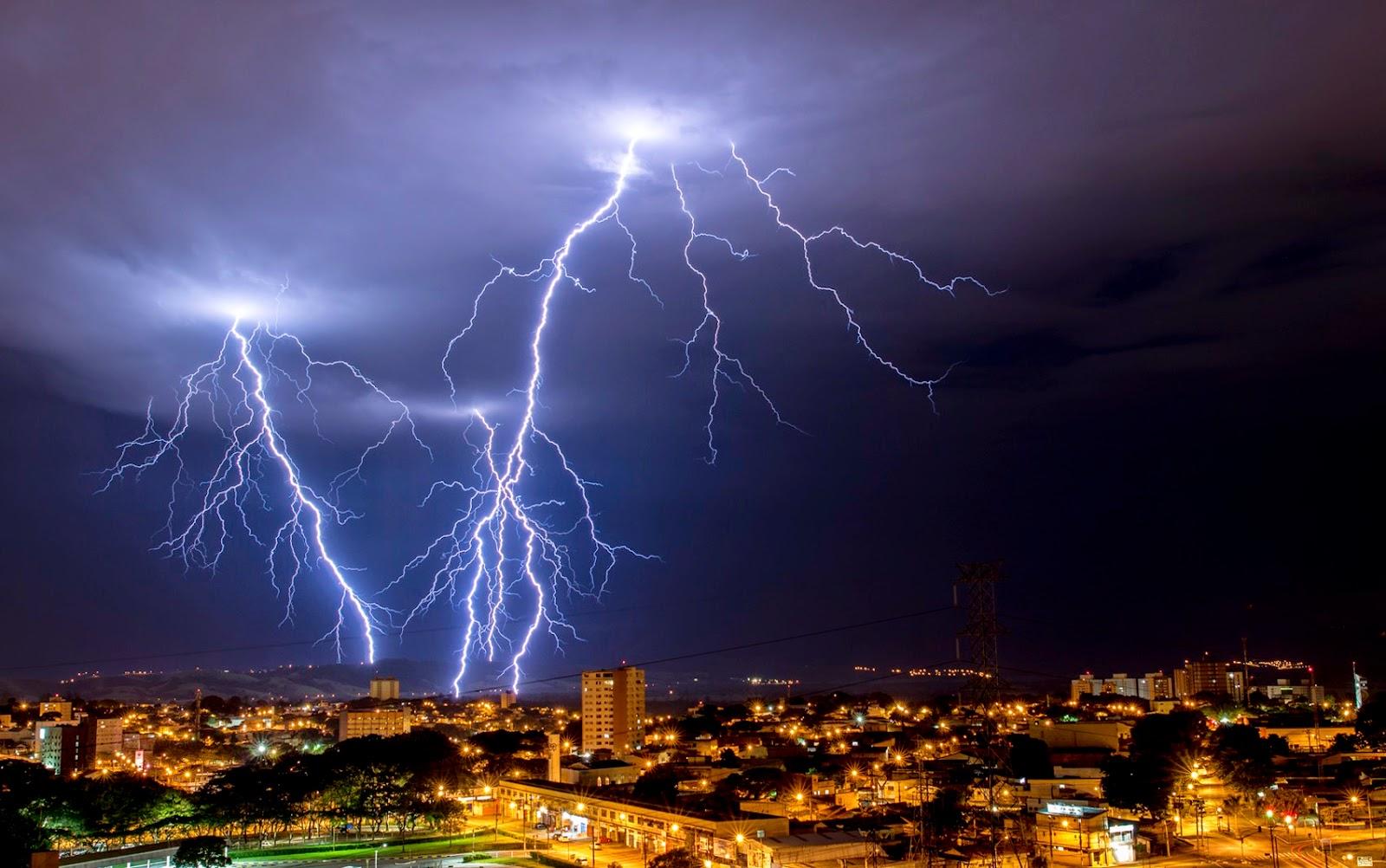 Chuvas intensas duplicam a incidência de raios no Pará
