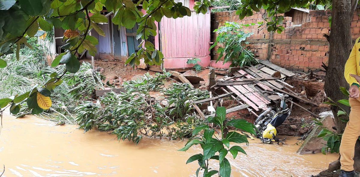 Forte chuva faz Parauapebas 'acender' alerta vermelho