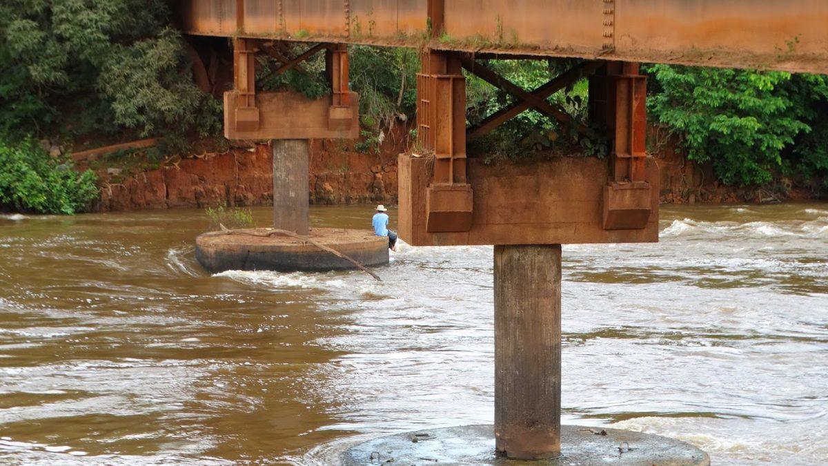 Homem é encontrado morto em Balneário, após pular de ponte 'embriagado'