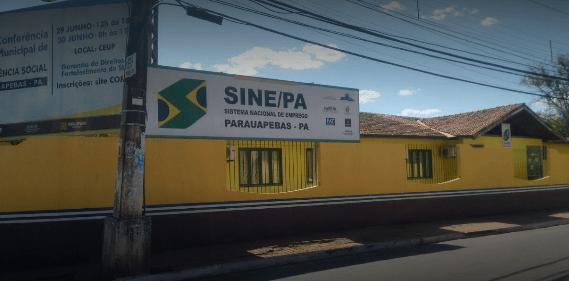 Trabalhadores nas portas do Sine com a expectativa de emprego