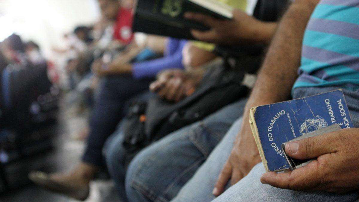 Semana começa com 3.627 vagas de emprego no Pará
