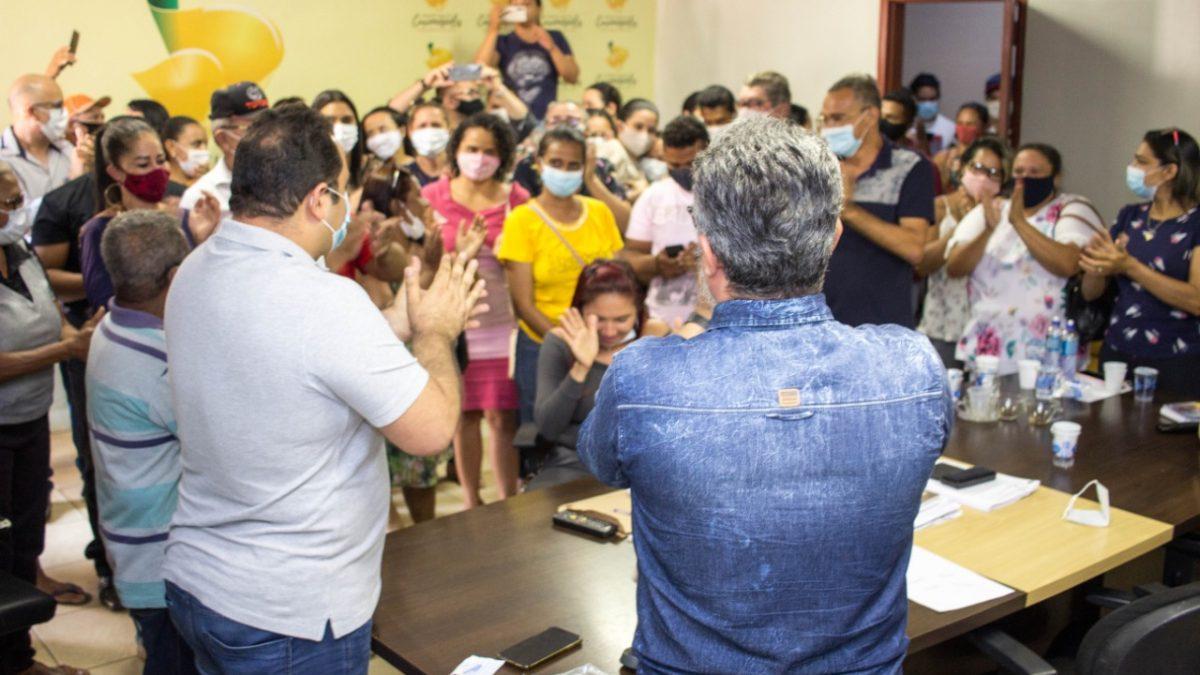 Prefeito de Curionópolis é recebido com festa ao reassumir cargo