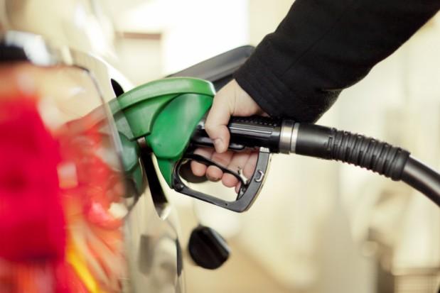 Preço do combustível: Dicas importantes para economizar na hora de abastecer