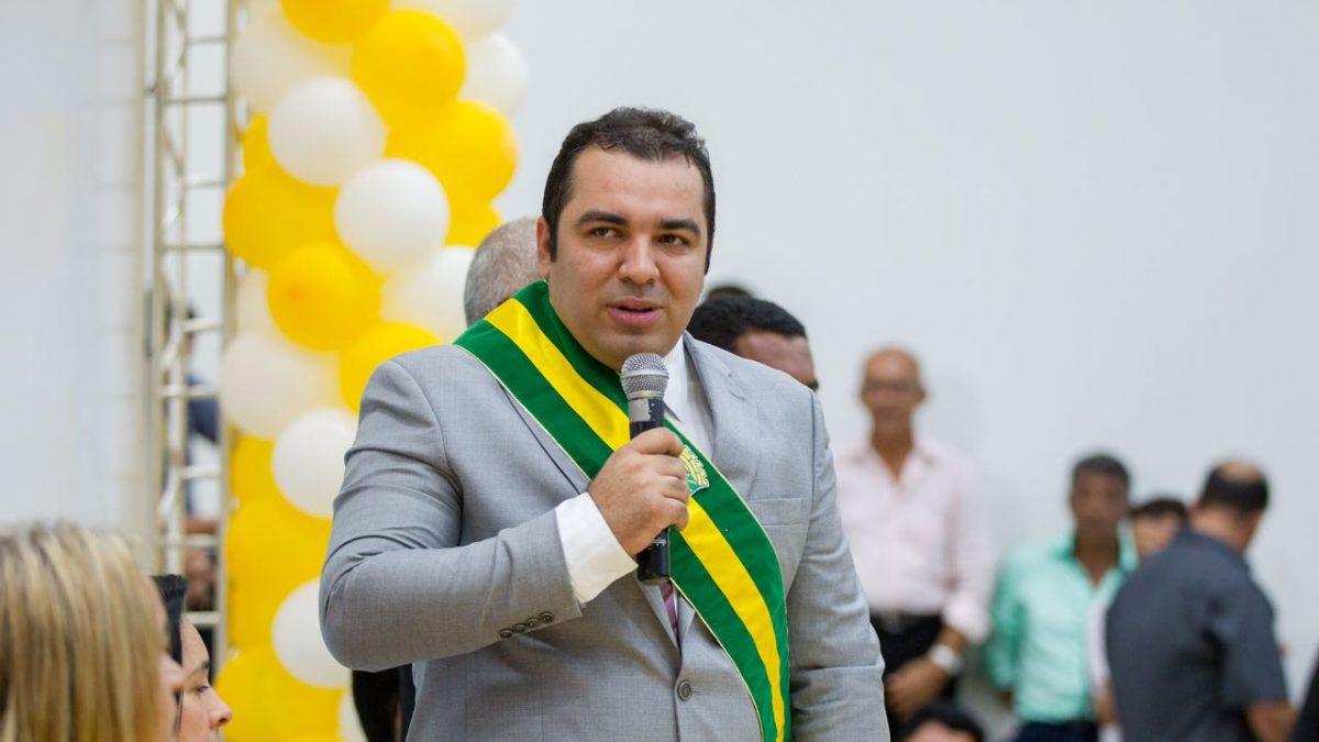 Prefeitura de Curionópolis divulga nota oficial sobre suposto afastamento do prefeito