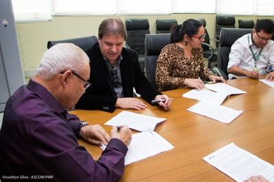 PMP celebra convênio de R$ 108 milhões com CEF para construção de 1.392 apartamentos