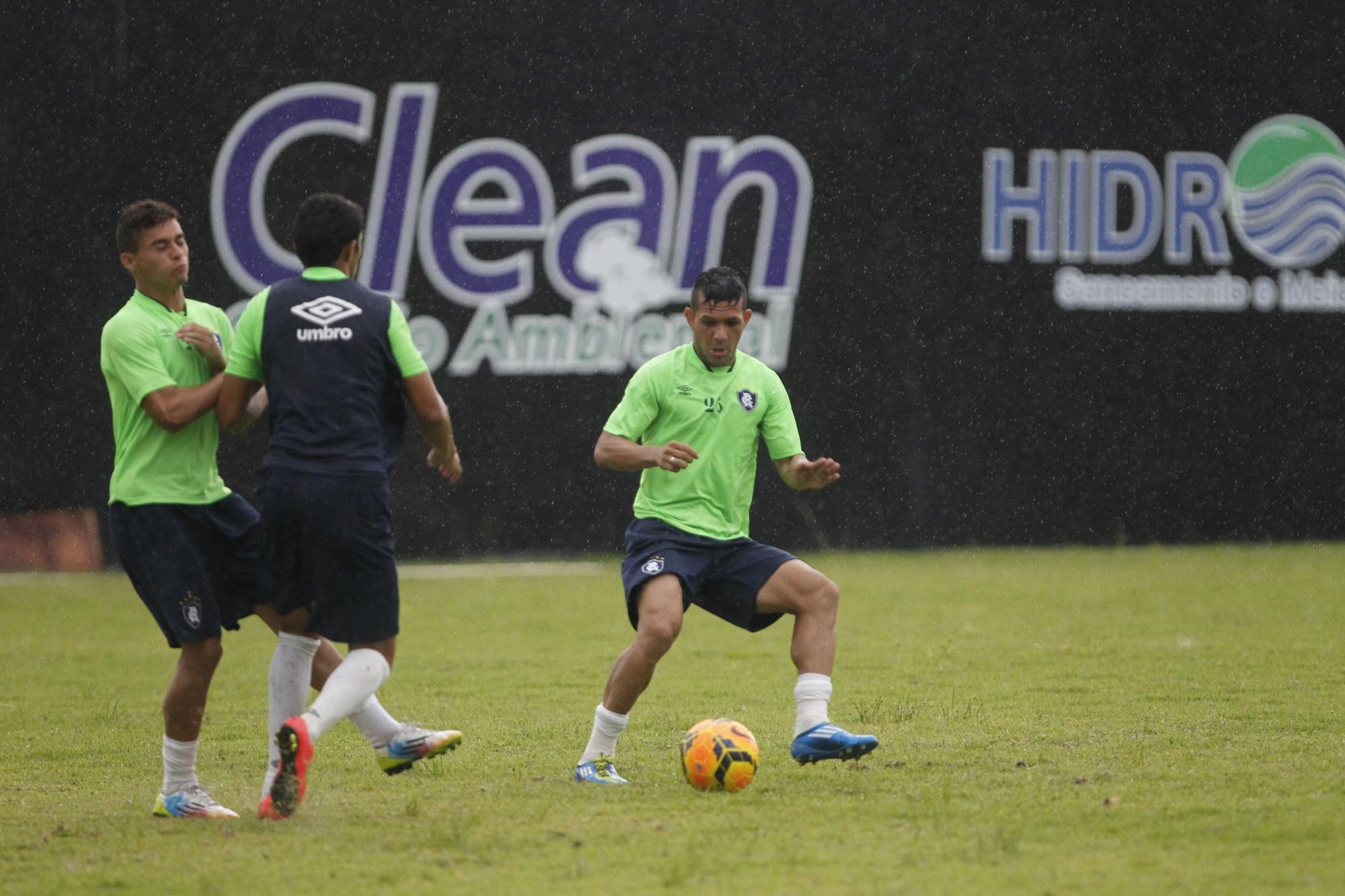 Remo empresta cinco jogadores ao Parauapebas Futebol Clube, mas número pode aumentar