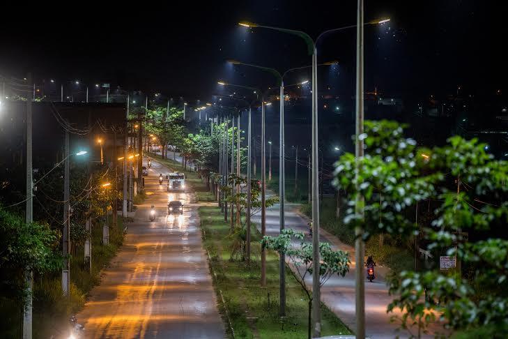 Nova iluminação é instalada em diversas avenidas de Parauapebas