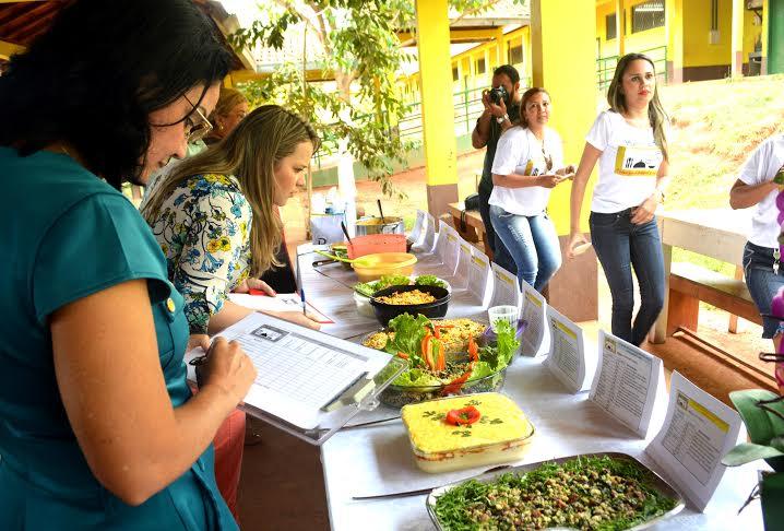 Concurso 'Saber e Sabor' busca criar receitas culinárias nutritivas para compor cardápio escolar