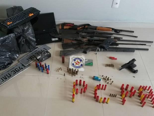 Operação apreende armas e objetos roubados em Parauapebas