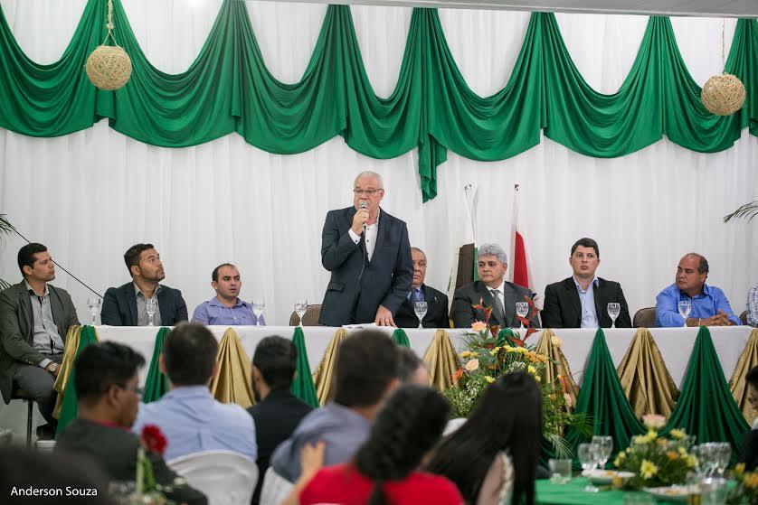 Prefeito Valmir Mariano destaca ações de governo durante evento da Acip