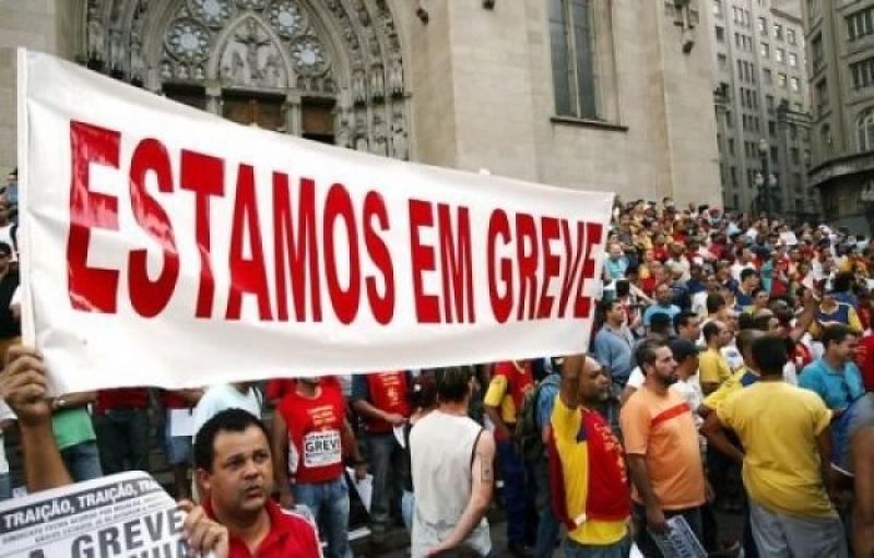 Professores ignoram ordem da Justiça e mantêm greve no Pará