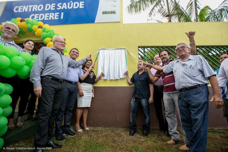 Vereadores prestigiam inauguração do Centro de Saúde Cedere I
