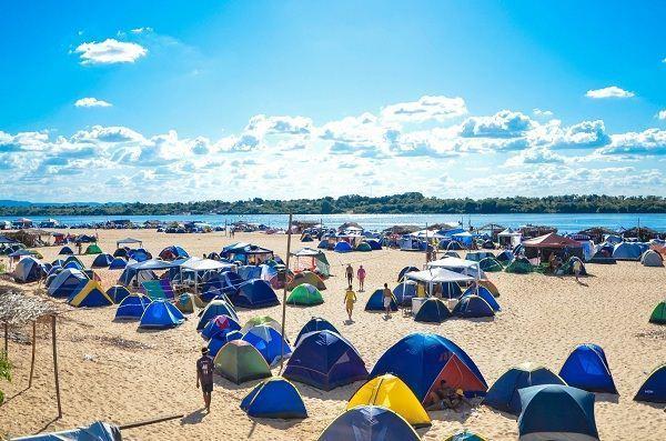 Praia do Pontão, no sudeste paraense, é opção para férias
