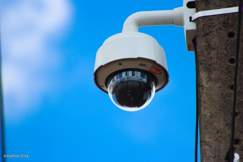 Videomonitoramento vai registrar infrações no trânsito passíveis de multa