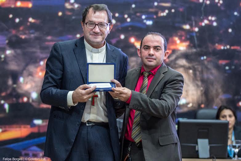 Bispo é homenageado pela Câmara de Parauapebas com título de Cidadão Honorário