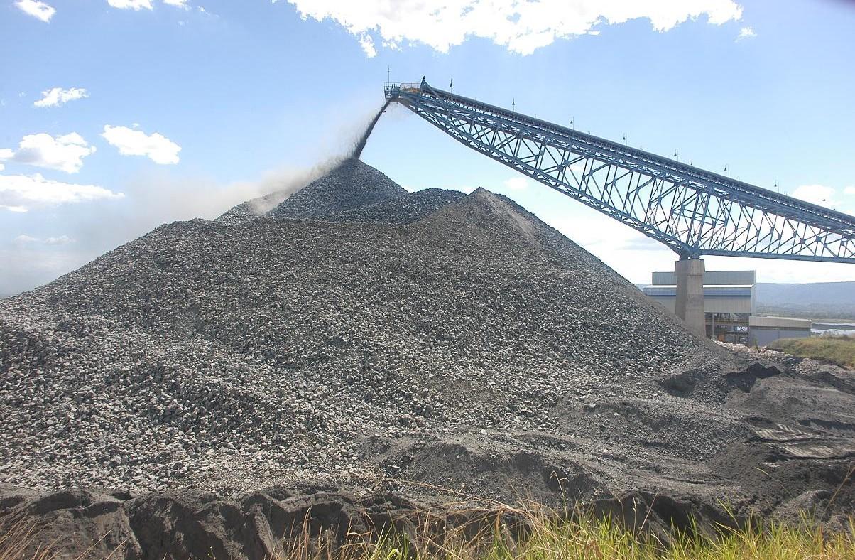 Artigo: O pior já passou para o minério de ferro em 2015