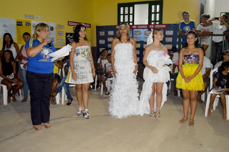 Feira de Ciências do Cepeja Castro Alves é apreciada pela comunidade