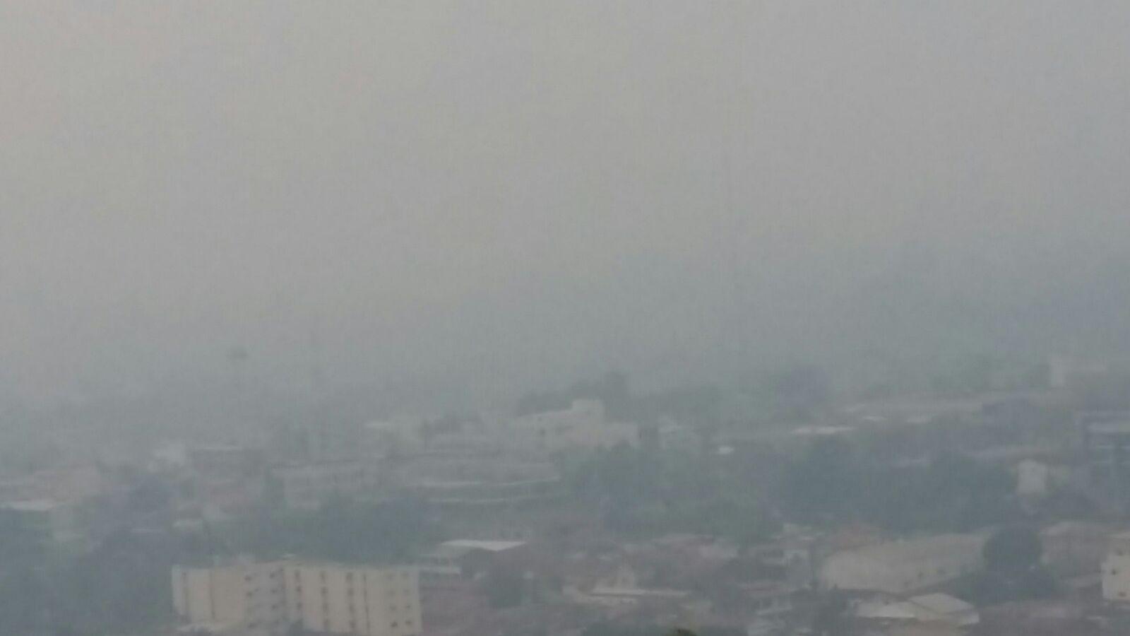 Fumaça toma conta do céu de Parauapebas