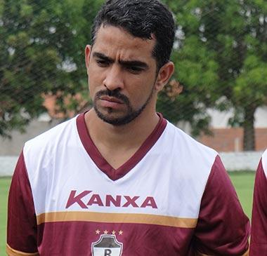 Diego Lira, ex- Parauapebas Futebol Clube é apresentado no River