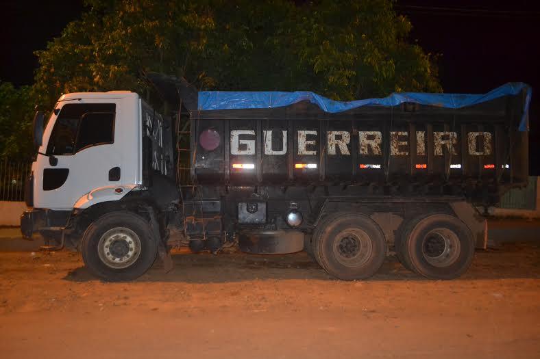 Quatro homens são presos por exploração e transporte ilegal de minério manganês