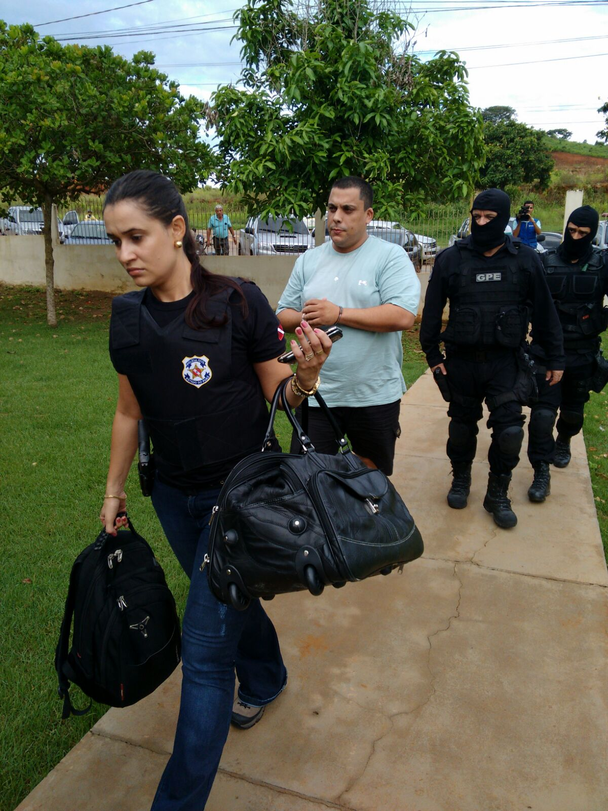 Duda é preso e liberado após pagar fiança