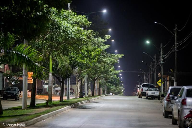 Iluminação pública favorece o aproveitamento de áreas urbanas