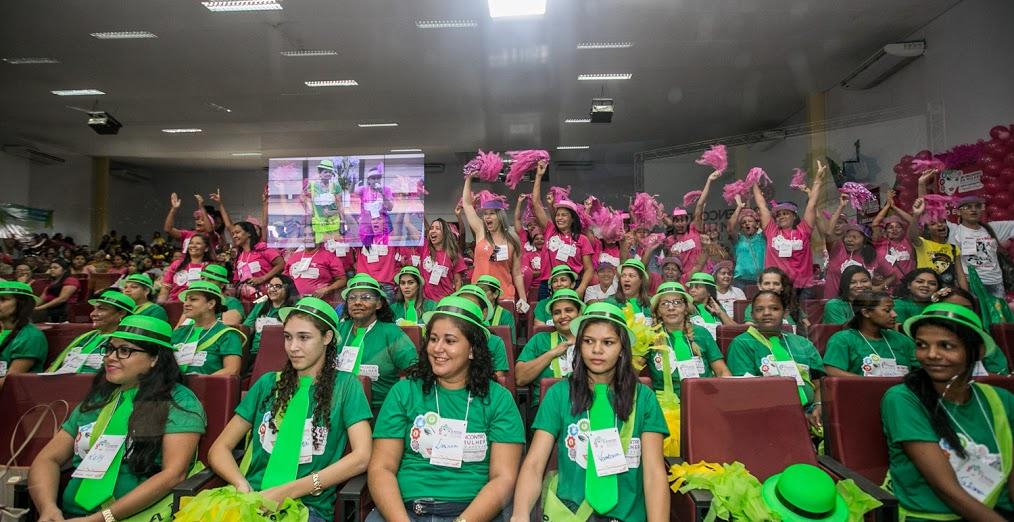 Coaching e homenagens marcam a abertura do 26º Encontro da Mulher de Parauapebas