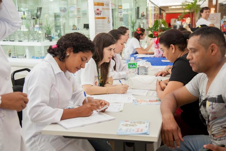 Moradores de Parauapebas recebem orientações de prevenção às doenças renais