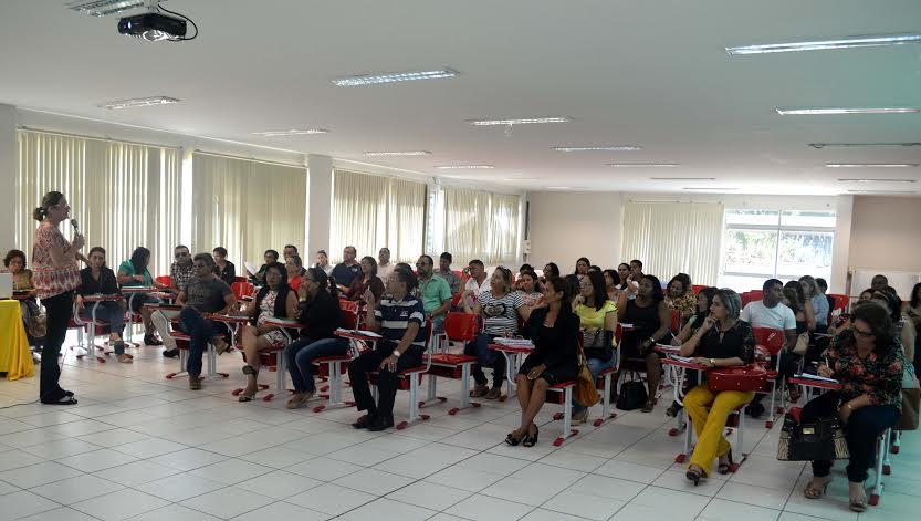 Educadores de Parauapebas recebem formação da Esfapem