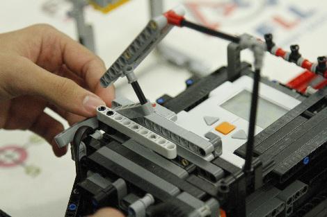Oficina de Robótica é ofertada a professores da rede municipal de ensino hoje (6)