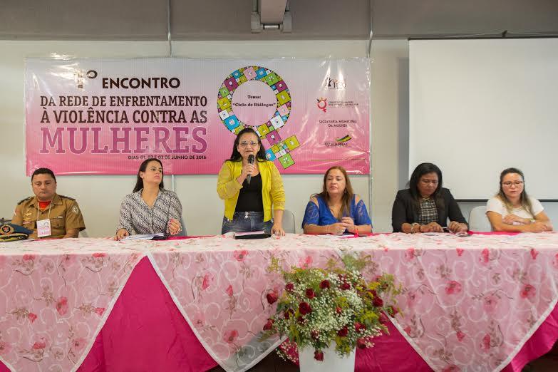 1º Encontro da Rede de Enfrentamento discute atuação articulada na luta contra a violência à mulher