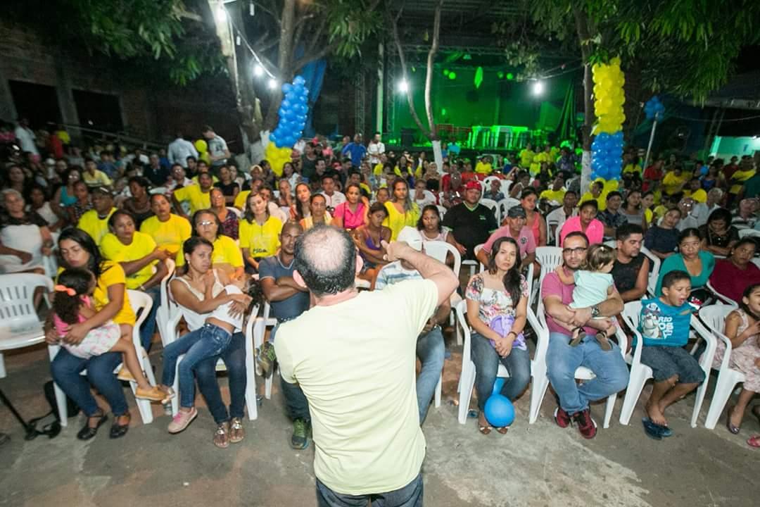 Vereador Braz reúne mais de 1 mil pessoas em um bate papo