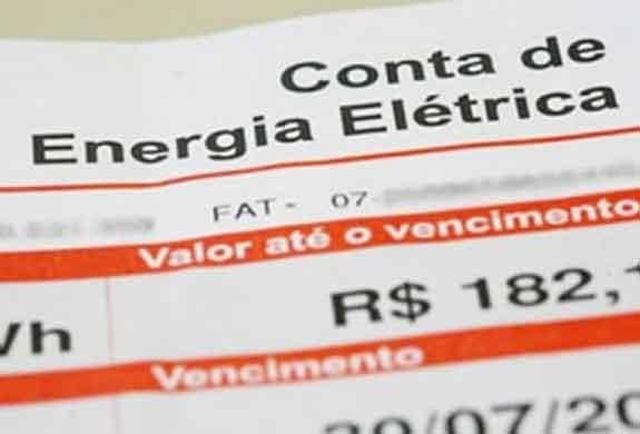 978 famílias de Parauapebas: Celpa alerta que 53 mil famílias podem perder descontos na conta de energia