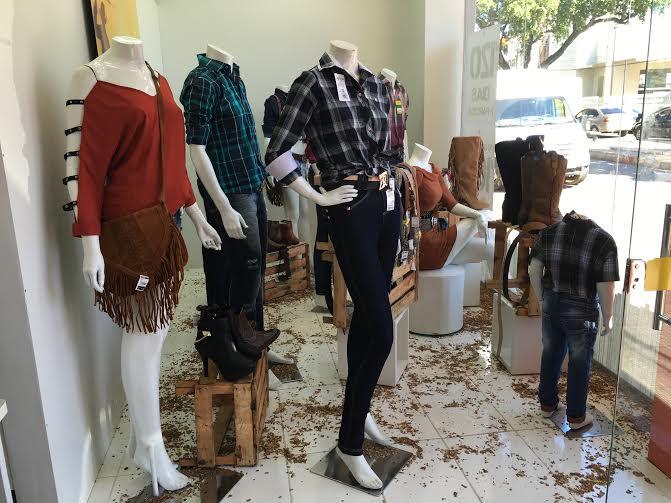 Marabá  Expoama impulsiona comércio lojista com venda de roupas e acessórios  no estilo country - Notícias de Parauapebas 821ecc821f6