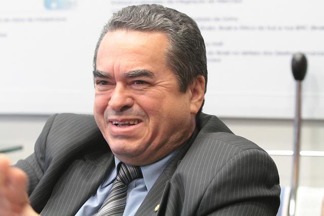 Justiça condena Lira Maia (Democratas) por desvio de recursos da educação