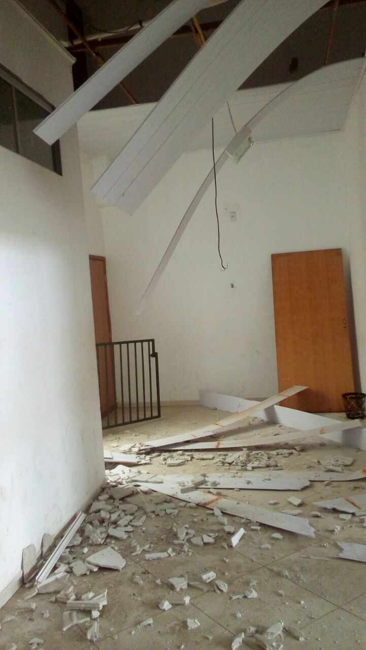 Parauapebas: Telhado e forro da escola estadual Janela para o mundo desaba após chuva