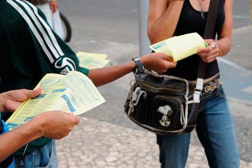 Panfleto falso sobre Jovem Aprendiz circula em Parauapebas