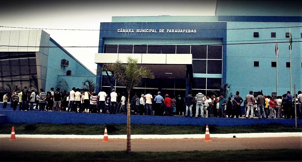 Moradores do Bairros da VS 10 manifestam na Câmara Municipal e reivindicam a regularização dos bairros