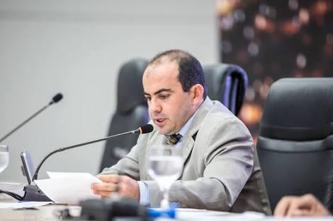 Vereador Braz solicita limpeza e manutenção de rede de esgoto do bairro Betânia