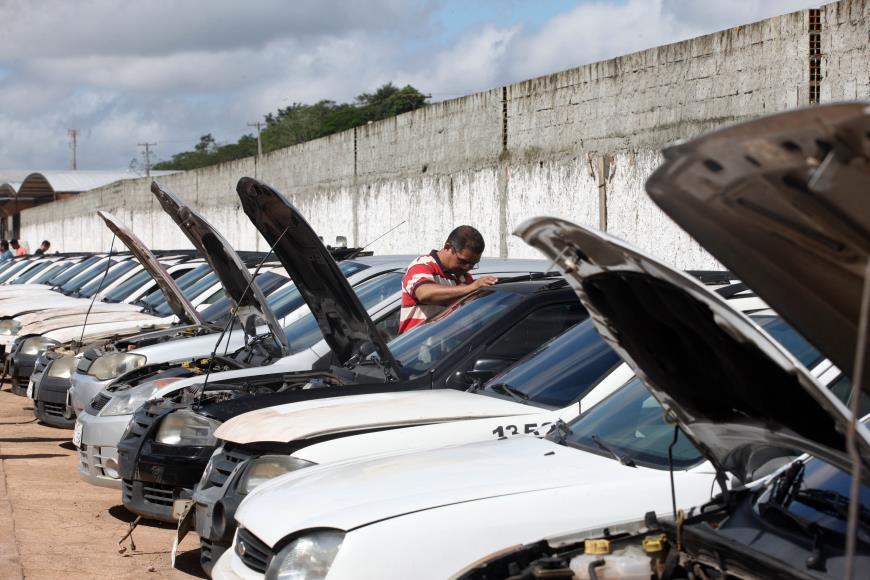 Detran vai leiloar 724 veículos retidos em Belém e Marabá