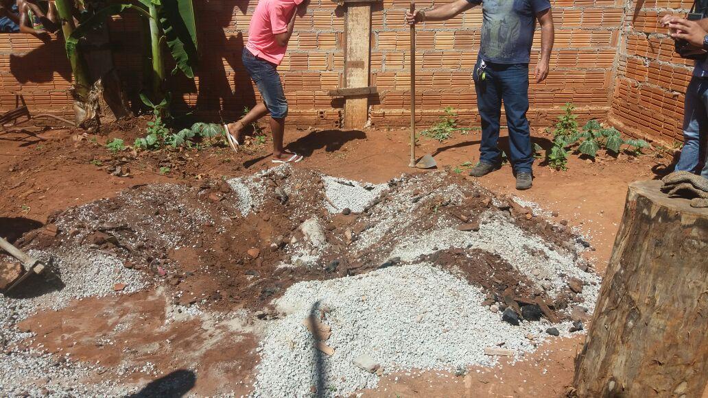 Em Canaã dos Carajas, mulher é morta e enterrada no quintal de casa por ex-namorado