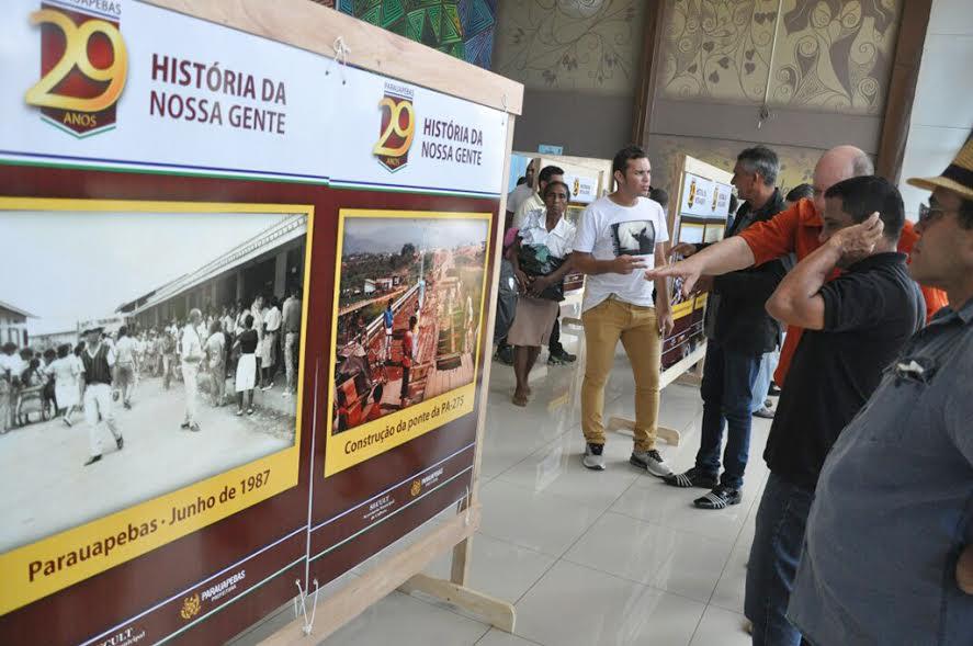 """Exposição itinerante com o tema """"Historia da nossa gente"""" é apresentada em Parauapebas"""