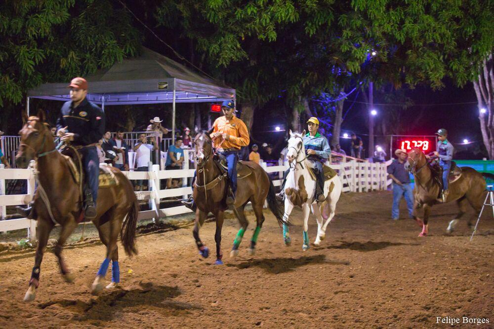 Em Parauapebas, prova de tambor e baliza reúne 450 cavaleiros e amazonas na disputa de R$ 45 mil reais em prêmios