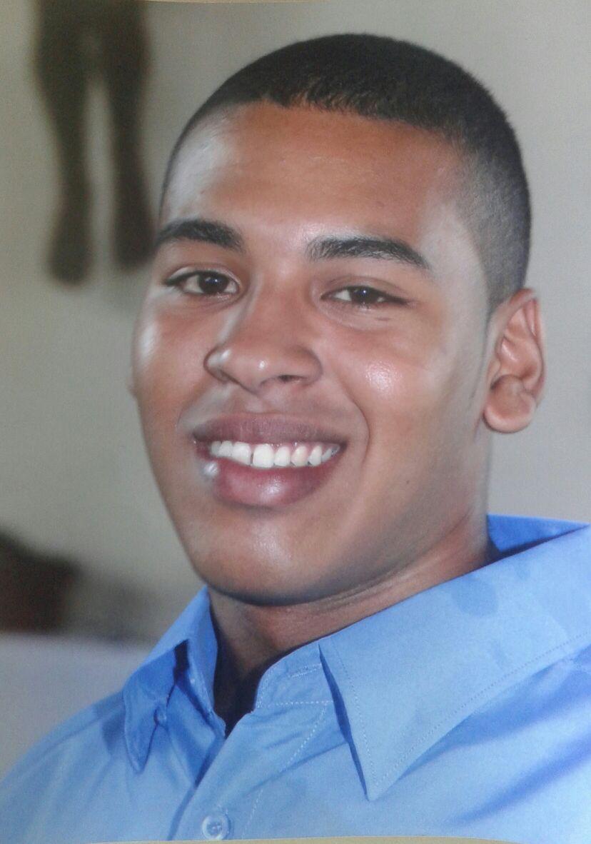 Jovem perde a vida após perder o controle da moto e colidir com poste no bairro Nova Carajás